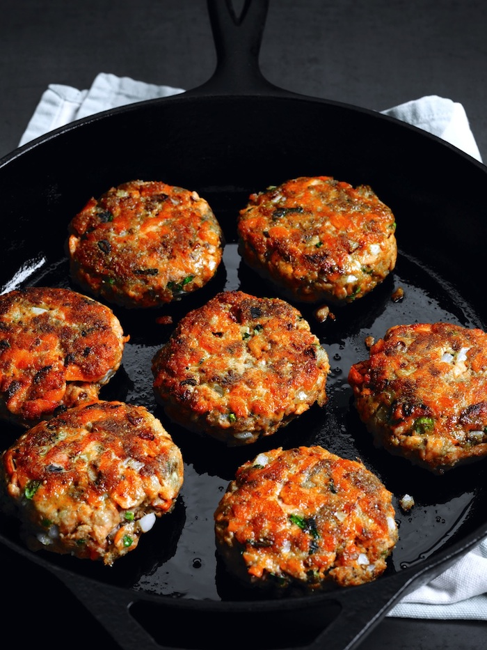 BERKELEY, CALIF - NOV 2014: Dukkah Spice Salmon Patties. For Jessica Goldman Foung cookbook. PHOTO BY JOHN LEE